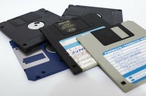 floppy-disk-214975_1280